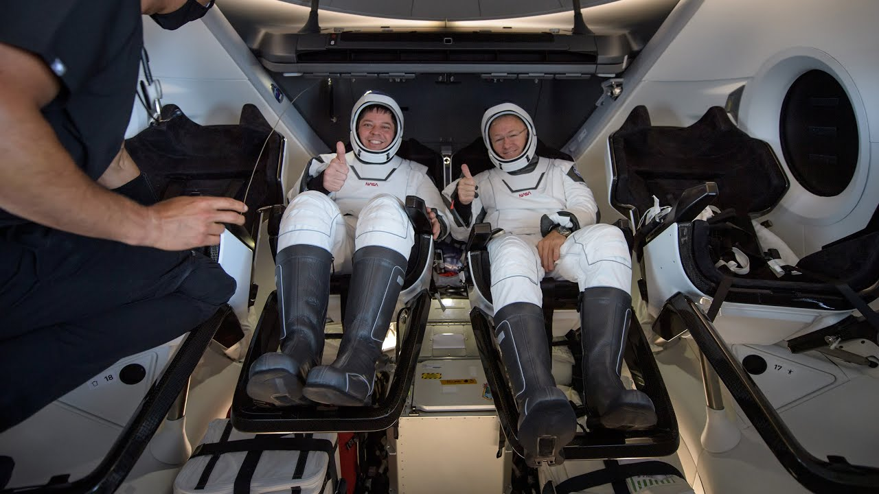 NASA Astronauts Safely Return to Earth: 'Thank You for Flying ...