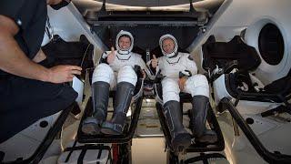 Nasa Astronauts Return To Earth, Splashdown On Spacex Dragon Endeavour