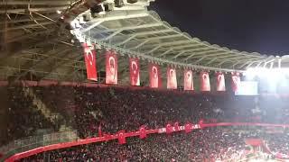 TÜRKİYE-isveç Konya'da Tüm Stad İzmir Marşı Video