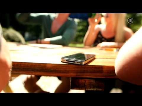Das Smartphone als Super-Wanze: Wie Handydienste den Datenschutz aushöhlen