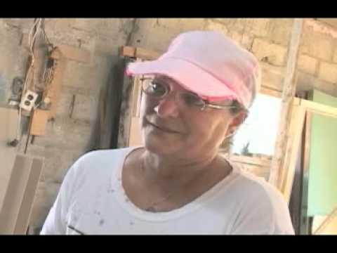Guajira, pero natural. Una mujer carpintera de Cuba. Tapaste, San José de las Lajas.