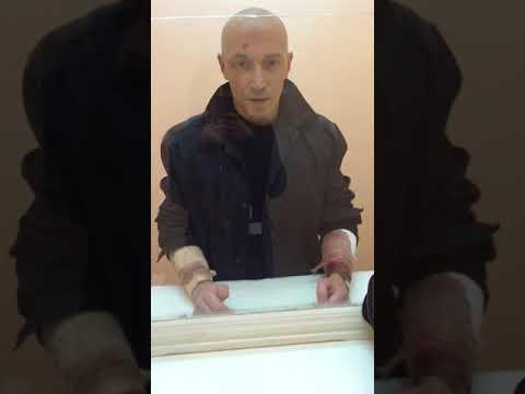Заключенный жестко трахает охранниц в тюрьме