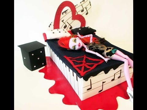 How to make a Operetta Doll Bed Tutorial/ Monster High