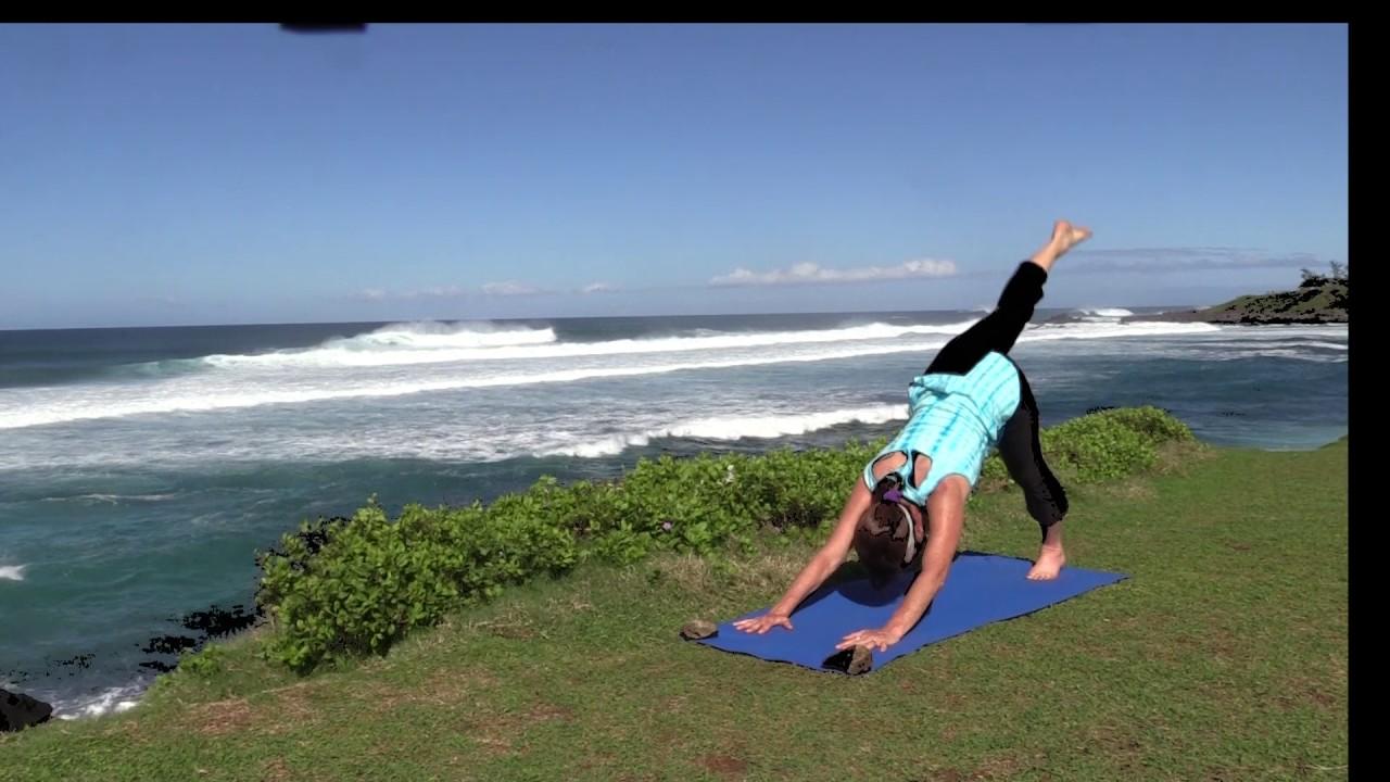 SUP Yoga in Maui - Vagabond3