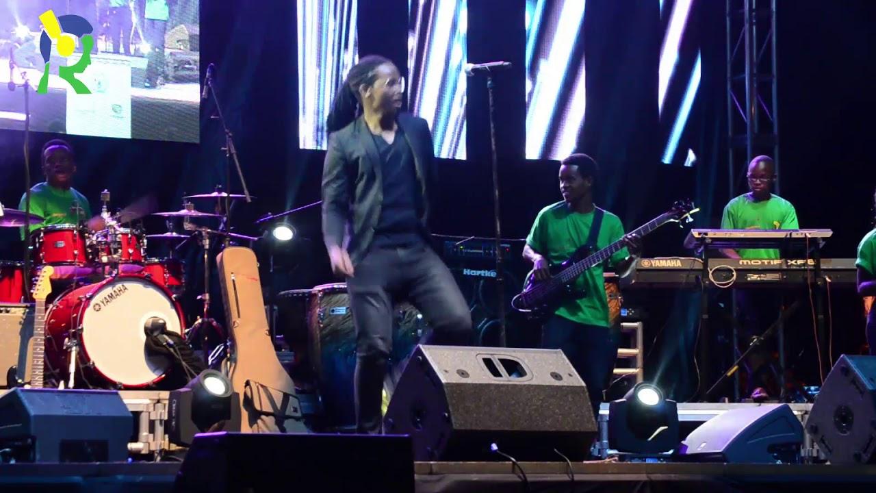 Igor Mabano & Sebeya Band Performance (FESPAD 2018) image