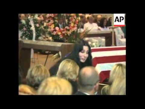 USA: CALIFORNIA: FORMER WIFE CHER ATTENDS SONNY BONO'S FUNERAL