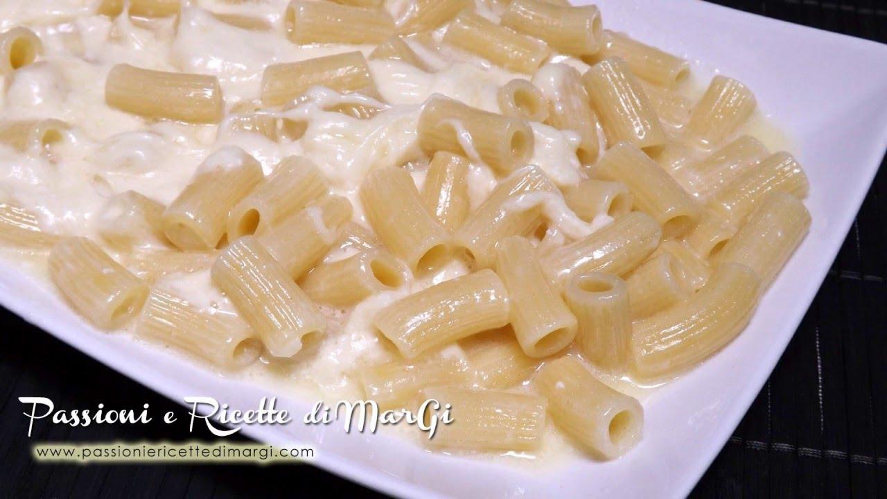 Pasta ai quattro formaggi senza gorgonzola