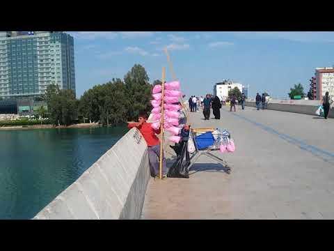 Adana'da  Seyhan nehri üzerinde  1500 yıllık taşköprü(1)