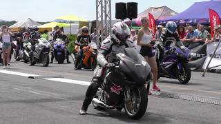 Suzuki Hayabusa vs Yamaha R1 - motorcycles drag racing 🚦🏍