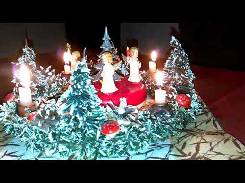 Christmas In Germany    -  Our Old Music Box With Angels      ☆     Unsere Alte Spieldose Mit Engeln