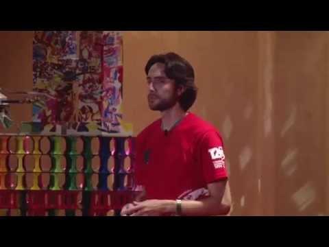 Volar con los pies en la tierra | Martin García Wilhelm | TEDxHumboldtLaHerradura