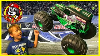 Monster Jam Truck Toys - MEGA Grave Digger RC Truck at the SKATE PARK (with FREESTYLE HIGHLIGHTS!!)