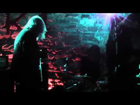 Oranssi Pazuzu - Kevät + Tyhjä Temppeli (Live @ Valonielu Tour 2014)