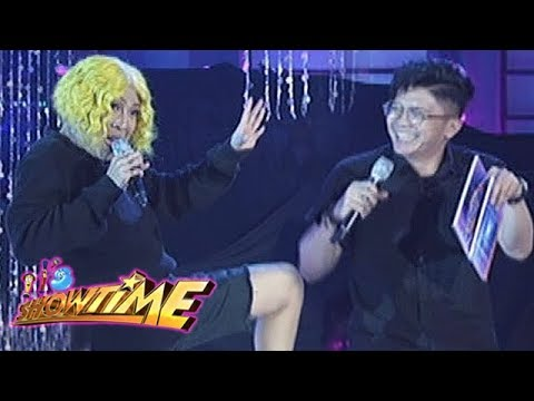It's Showtime Miss Q & A: Vice and Vhong poke fun at each other during Miss Q & A