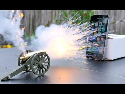 Mini Cannon vs iPhone SE - Happy 4th of July!