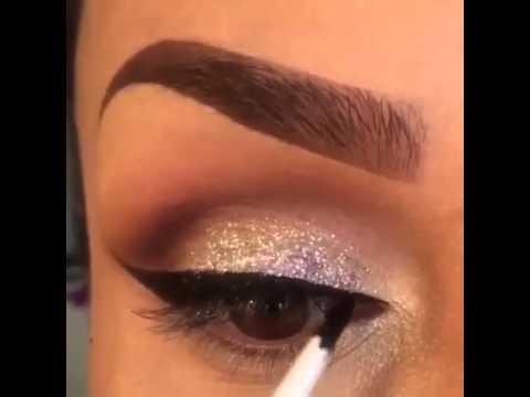aplicale brillos a tu sombra de ojos maquillaje fcil video corto youtube