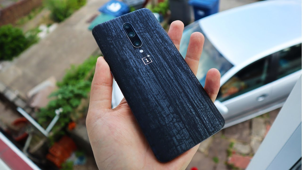 My Favourite Oneplus 7 Pro Skin Wrap Dbrand Or Slickwraps Charred Robot Tutorial Review Youtube