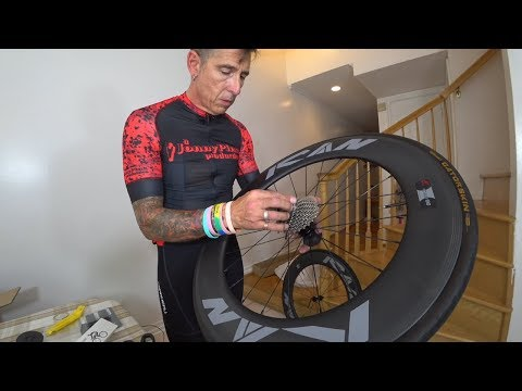 Unboxing a brand new ICAN carbon wheelset - 86mm
