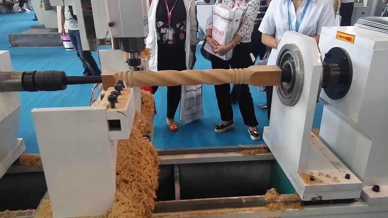 Cnc Turning Lathe Machine Make Wood Spiral Twist Staircase