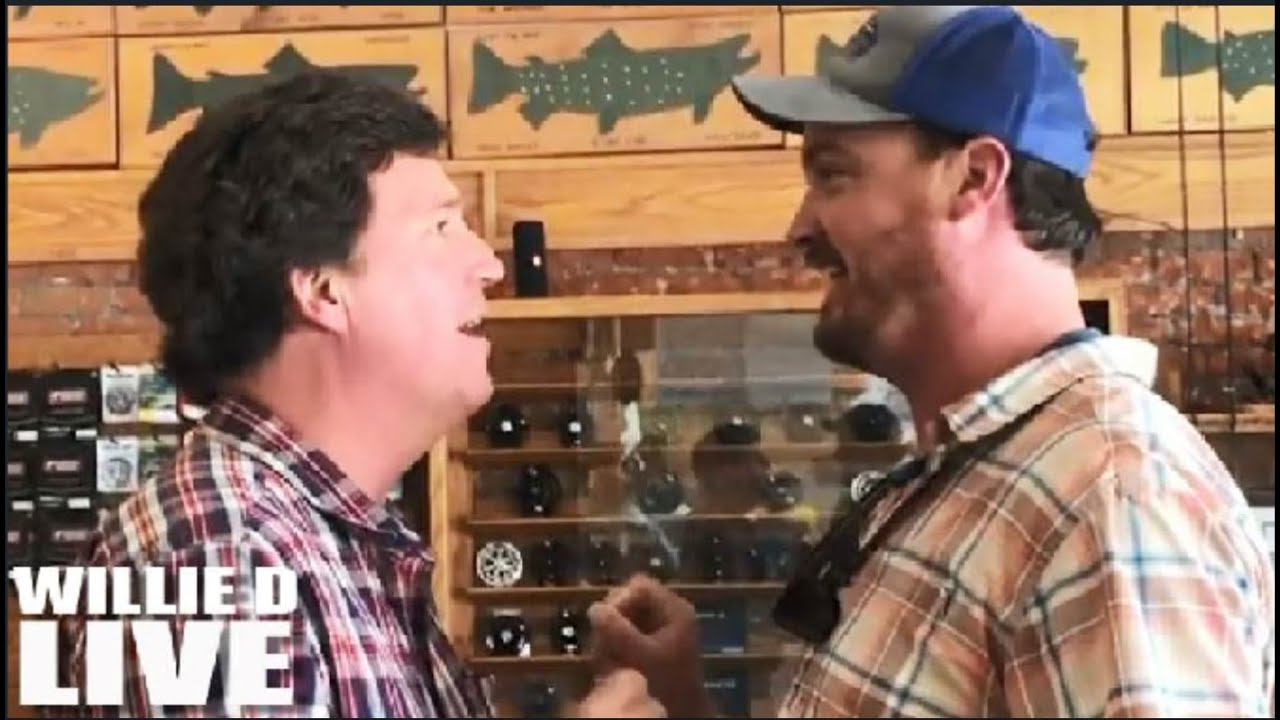Tucker Carlson Got Confronted By LIBERAL At A Montana Fishing Shop And Was Scared To DEATH!