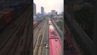 ITX새마을 서울행과 화물기차 부산행의 교차
