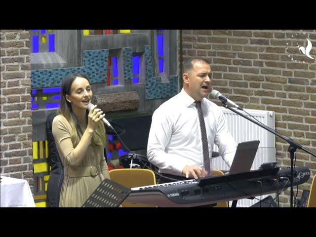 Ionuț și Adela Crăciun ~~ Mi-așa de dor Isuse, dupa Tine