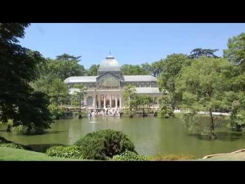 Palacio de Cristal Palacio de Velázquez El Retiro