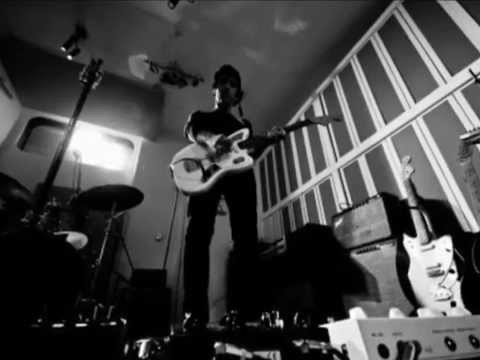 Johnny Marr - Getting Away With It  (Lyrics)
