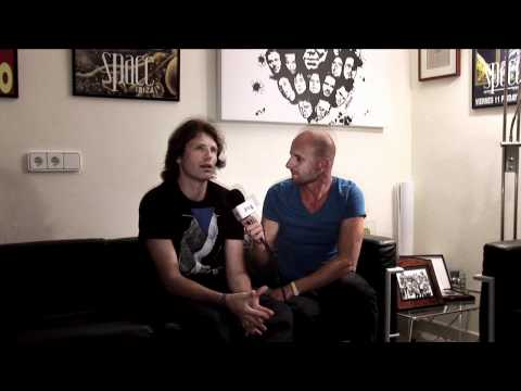 Lucky Life TV Interview Hernan Cattaneo @ Carl Cox's: The Revolution at Space 10th Anniversary