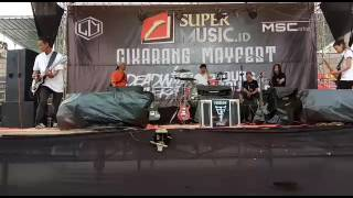 Gambar cover FREEDOM STREET - WHAT would jonny applesed you ( supermusic.id)
