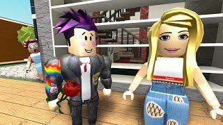 VISIT MY NEW VECINA IN ROBLOX AND SUPPORT US 😨