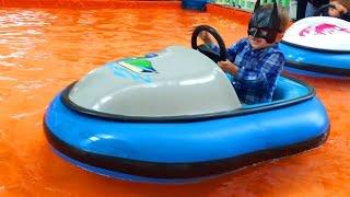 Супергерой Адам Тестирует Машины - Superhero Adam Testing Cars