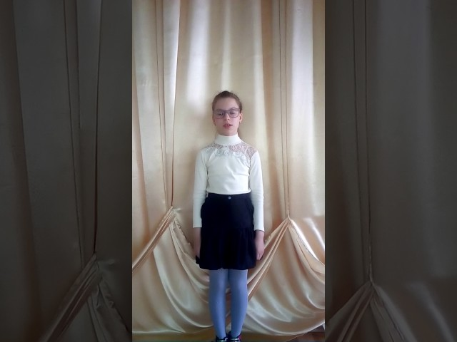 Изображение предпросмотра прочтения – АнастасияЯцкова читает произведение «Баллада о матери» О.Н.Киевской