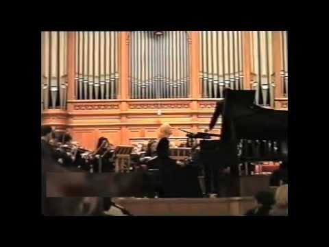 Violetta Egorova plays the Emperor Concerto (complete)