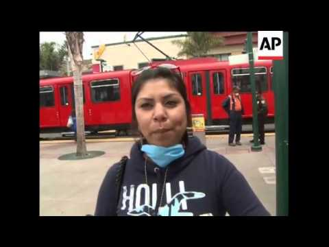 WRAP Travellers at US-Mexico border comment on swine flu
