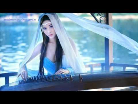 一缕情丝...a beautiful Cantonese song by Hongkong singer-songwriter Terence Choi !