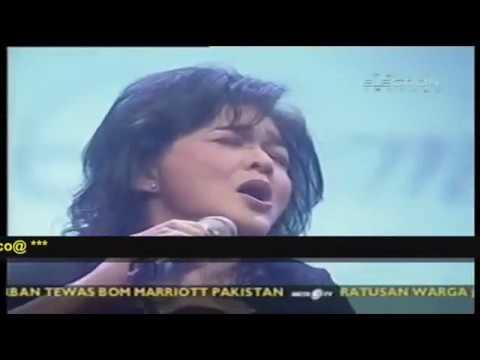 Andi Meriem Matalatta # (live) Lembah Biru