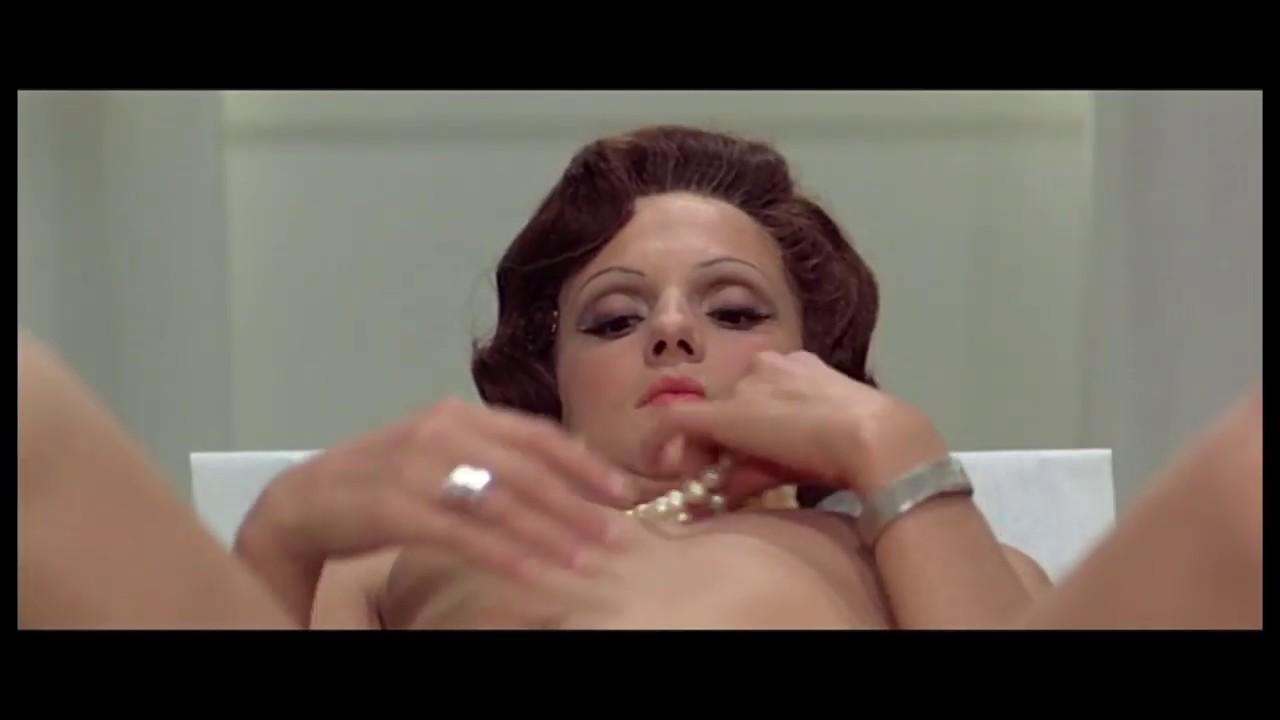Download Calmos (1976) - Première scène
