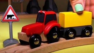 Развивающее видео про паровозики в городе Брио и часы на вокзальной станции(Мультфильм для детей про паровозики и поезда, которые ездят по городу Брио, про людей, каждый из которых..., 2014-09-16T13:20:41.000Z)