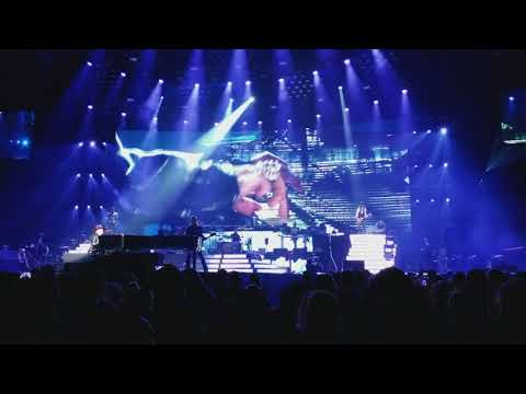 Wish You Were Here + Layla + November Rain - Guns N' Roses @The Forum (11-29-2017)