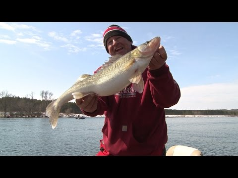 Larry Smith Outdoors - Spring Walleyes on the Wisconsin River