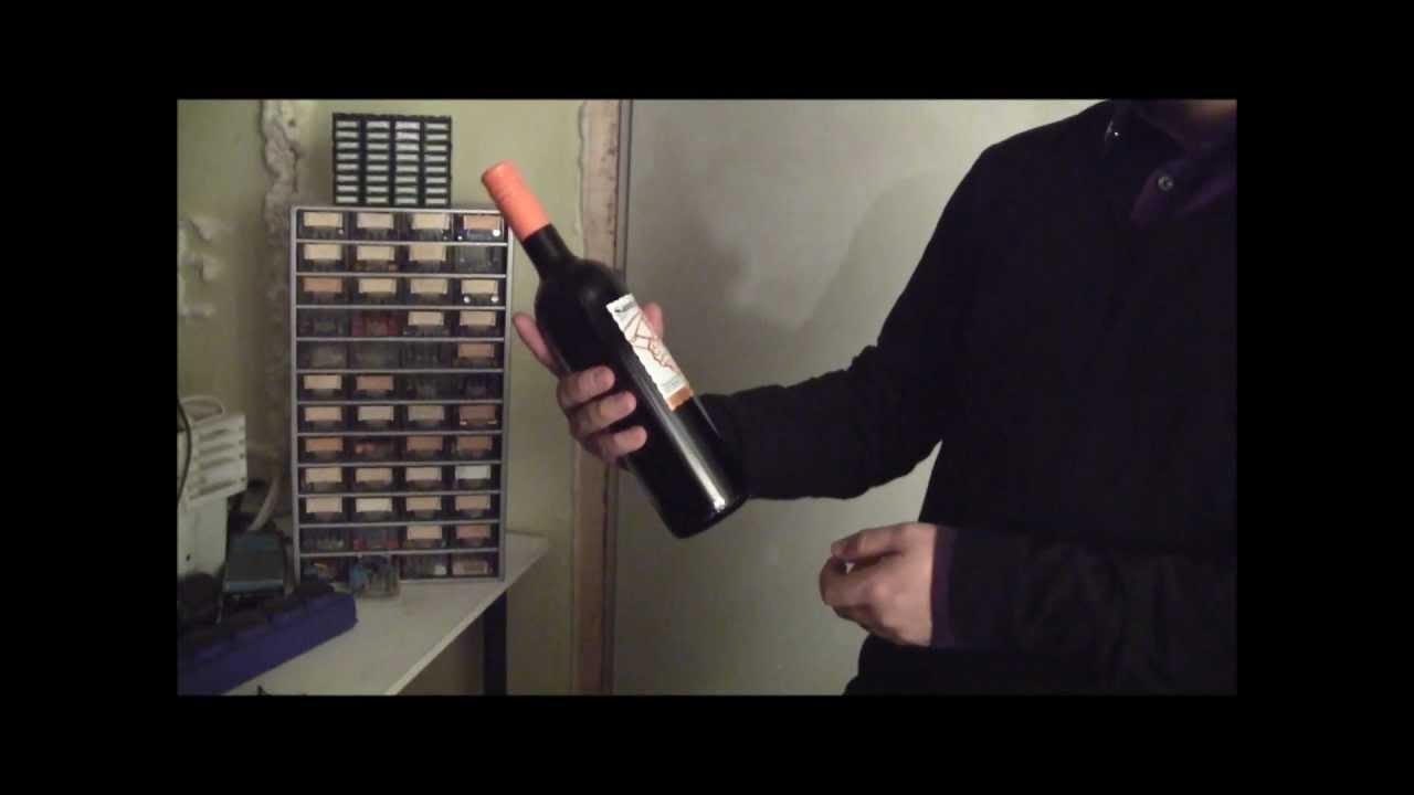 Viinipullon Avaaminen