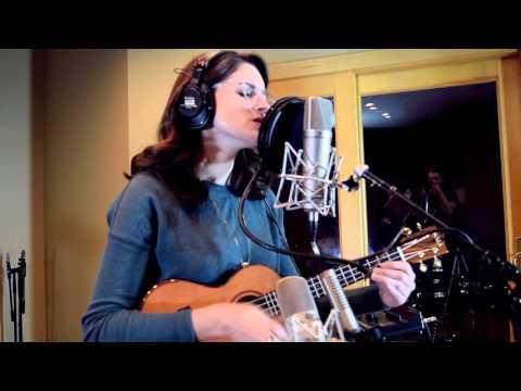 """Despite Everything"" Lauren Becker Acoustic Sessions"