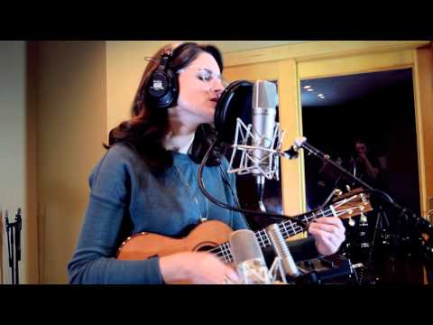 """Despite Everything"" Lauren Becker Acoustic Sessions"