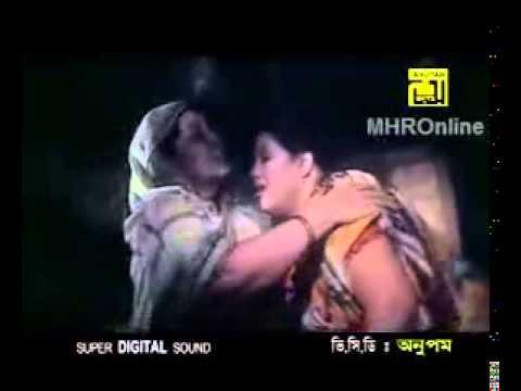 Momtaz Best Bangla Folk Song Gorbo Darini Maa Jonom Dhuki Maa