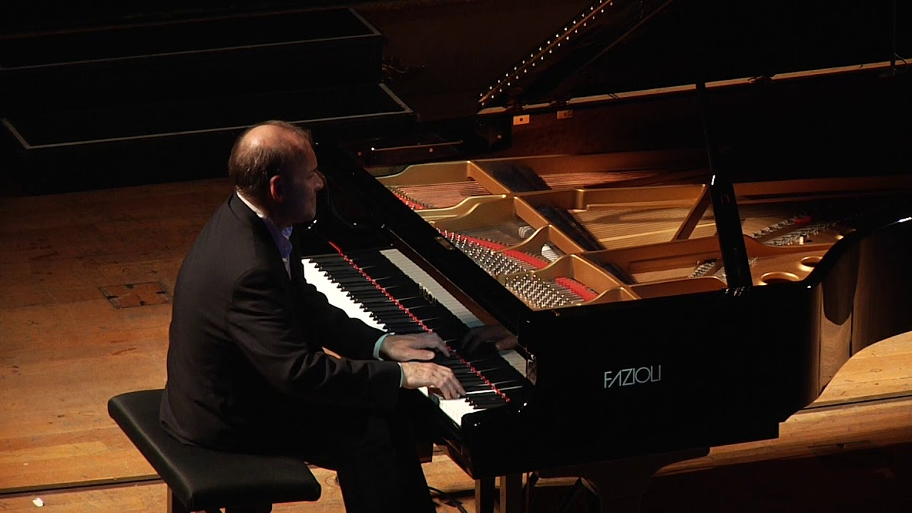 Artwork representing Chopin - Ballade No. 1 in g minor (Louis Lortie)