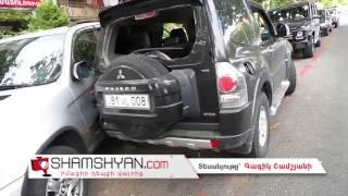 Երևանում Mitsubishi Pajero ն բախվել է ճանապարհի թույլատրելի հատվածում կայանված BMW X5 ին