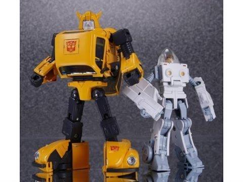 Takara TOMY Transformers Masterpiece MP 21 Bumblebee Action Figure