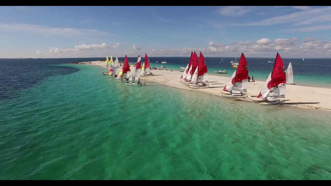 Sailing Les Glenans Vol Au Dessus De L Ecole Des Glenans Bretagne Tele Youtube
