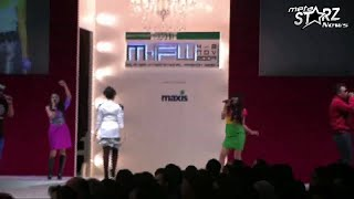 The Fabulous Cats - Cinta Kosmik [LIVE@ MIFA Fashion Week Pavillion KL